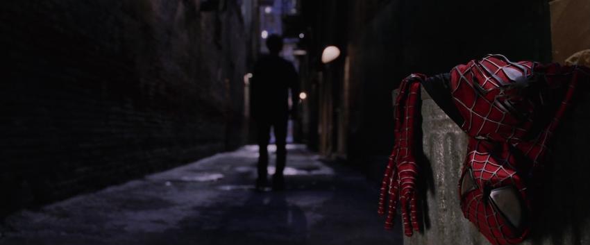 パーカー、スパイダーマンを廃業