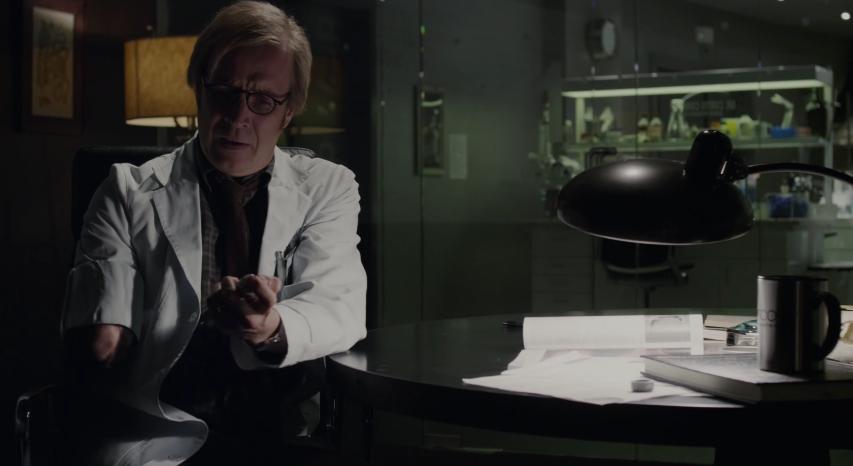 追い詰められたコナーズは自らで人体実験、リザードに